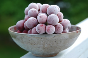 frozen grapes summer snacks