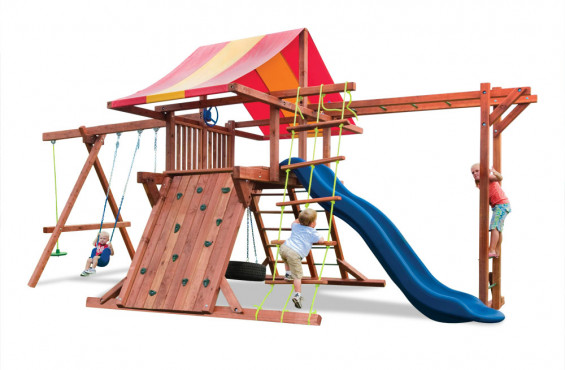 The Pot O Gold play set has 10 accessories to keep kids entertained for hours.