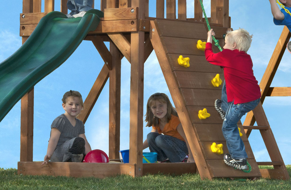 High Flyer Swing Set For Small Yards With Sandbox Amp Swings