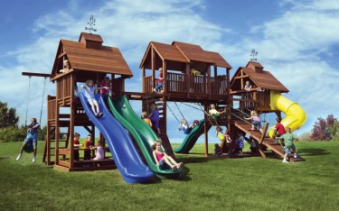 Big backyard play set with 6 Play Decks and 4 Slides!