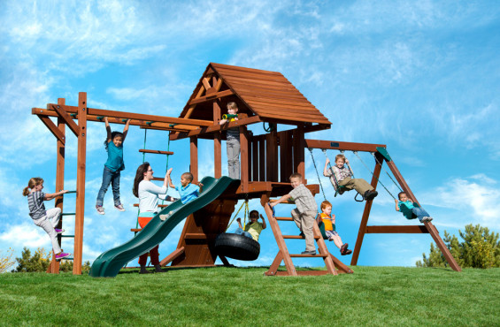 This Two Ring swing set features an upgraded wooden roof, monkey bars and a variety of swinging options.