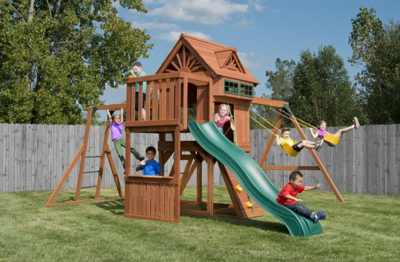 The Sky Loft swing set includes some of children's favorite play activities such as monkey bars and a sweeping 9ft. wave slide. But there is much more adventure for kids to explore!