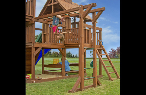 The monkey bars have a weight threshold of 150 lbs and powder coated rungs so kids can swing safely and comfortably.