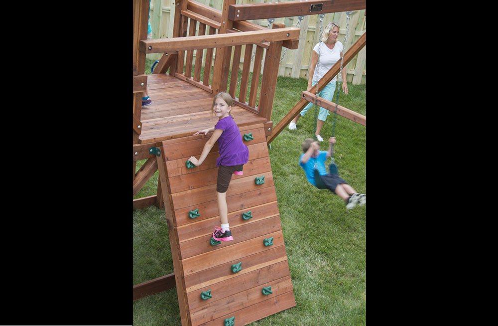 High Wire Big Backyard Play Set With Slide Kids Creations